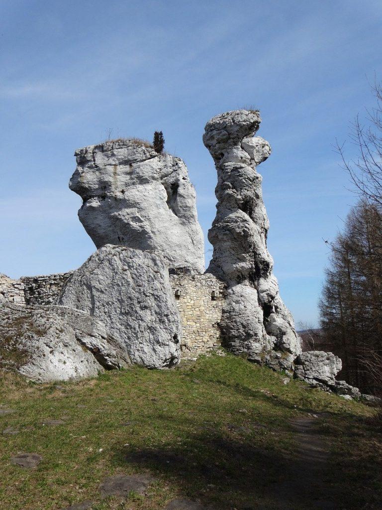 Sfinx rock near Ogrodzieniec castle