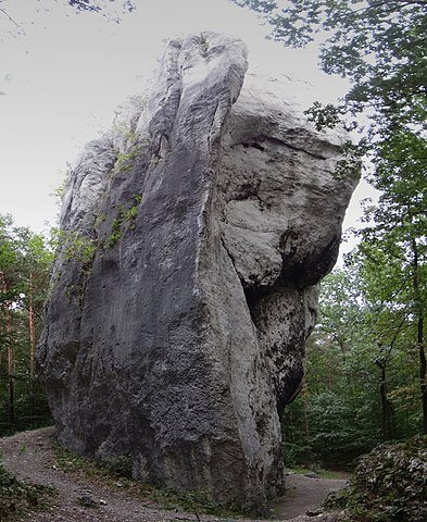 Popielarka - Fiddler's Rock in Morsko